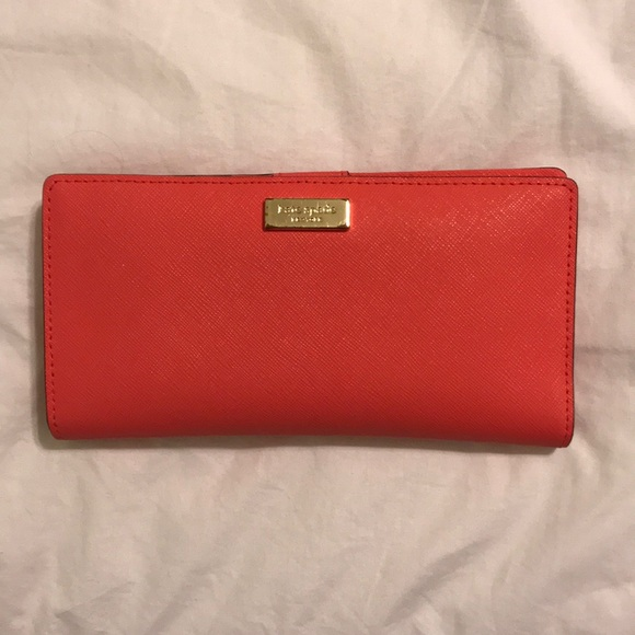 dba2202f11f0 Kate Spade Wallet (Thompson Street Stacy)
